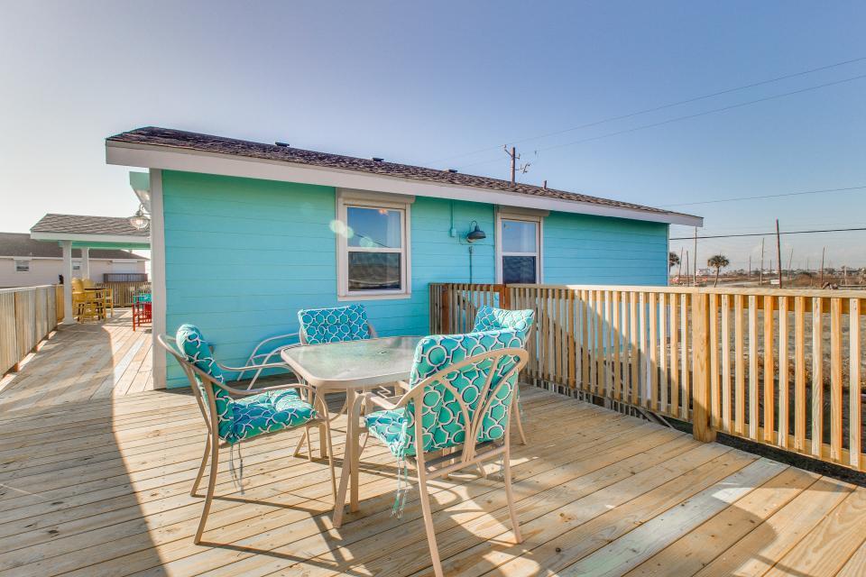 Blue Ribbon Cottage - Galveston Vacation Rental - Photo 41