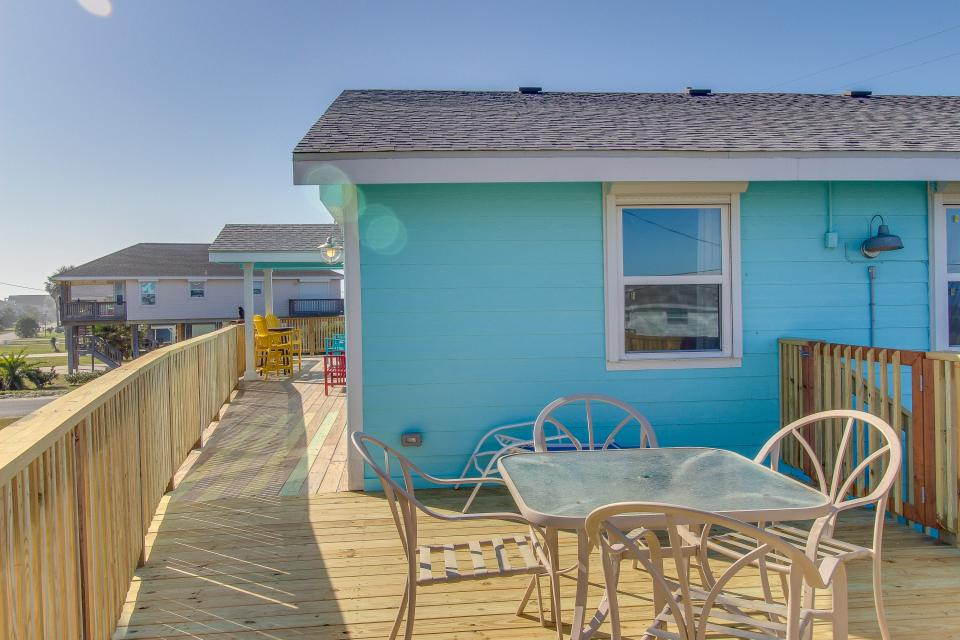 Blue Ribbon Cottage - Galveston Vacation Rental - Photo 37