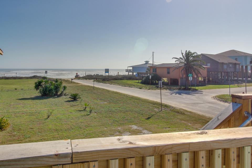 Blue Ribbon Cottage - Galveston Vacation Rental - Photo 44