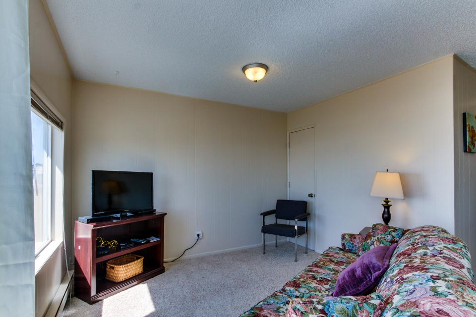 Sunset Cottage - South Beach Vacation Rental - Photo 4