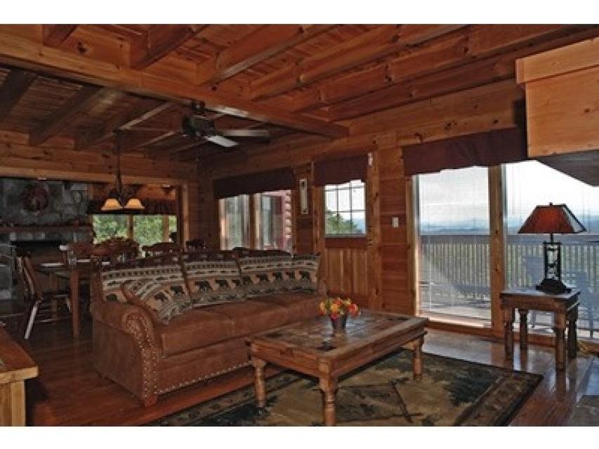 Rendez-View Cabin - Sevierville Vacation Rental - Photo 2