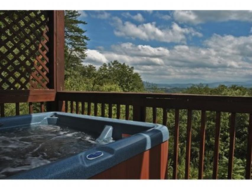 Rendez-View Cabin - Sevierville Vacation Rental - Photo 13
