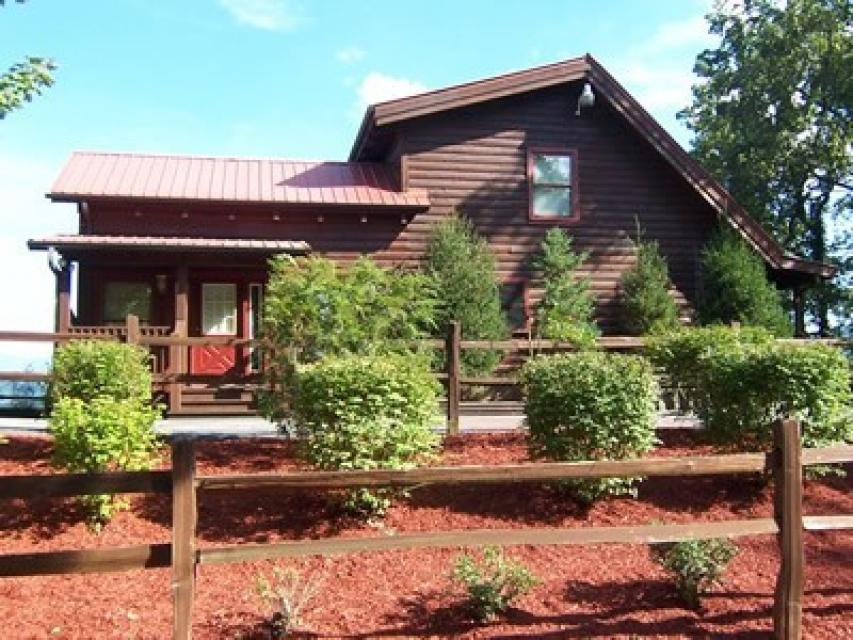 Rendez-View Cabin - Sevierville Vacation Rental - Photo 1