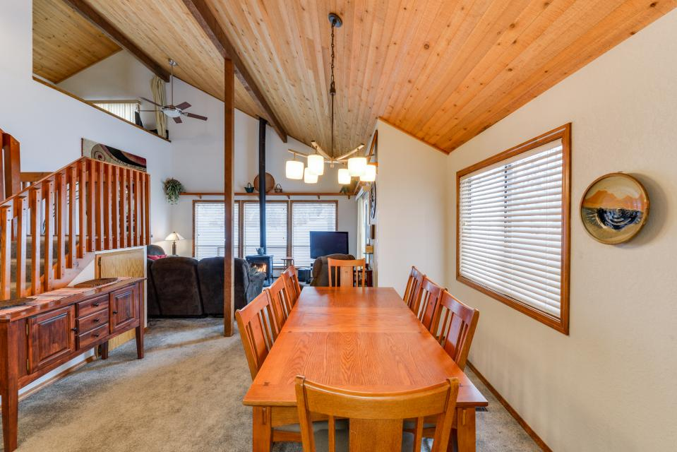 13 Tamarack - Sunriver Vacation Rental - Photo 6