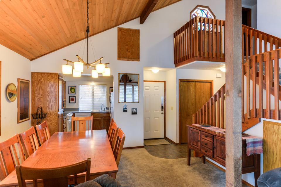 13 Tamarack - Sunriver Vacation Rental - Photo 10