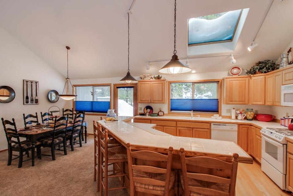 39 Poplar - Sunriver Vacation Rental - Photo 11