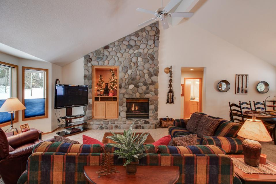39 Poplar - Sunriver - Take a Virtual Tour