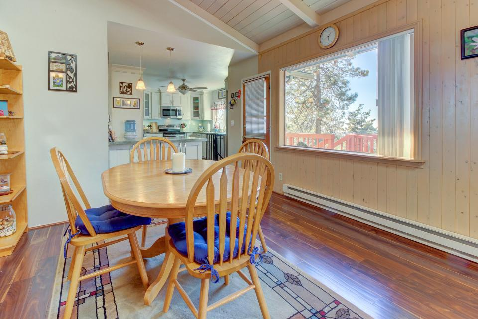 Quiet Californian Cabin - Idyllwild Vacation Rental - Photo 25