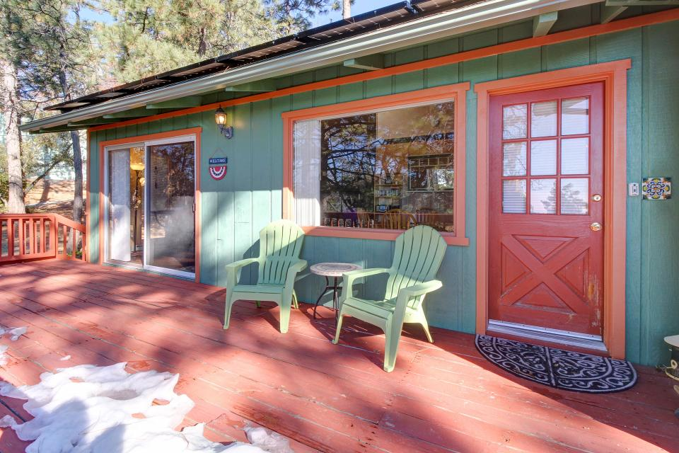 Quiet Californian Cabin - Idyllwild Vacation Rental - Photo 21