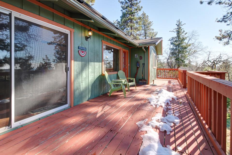 Quiet Californian Cabin - Idyllwild Vacation Rental - Photo 22