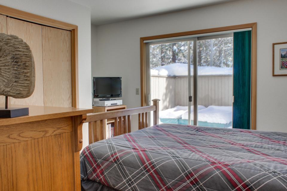 39 Poplar - Sunriver Vacation Rental - Photo 15