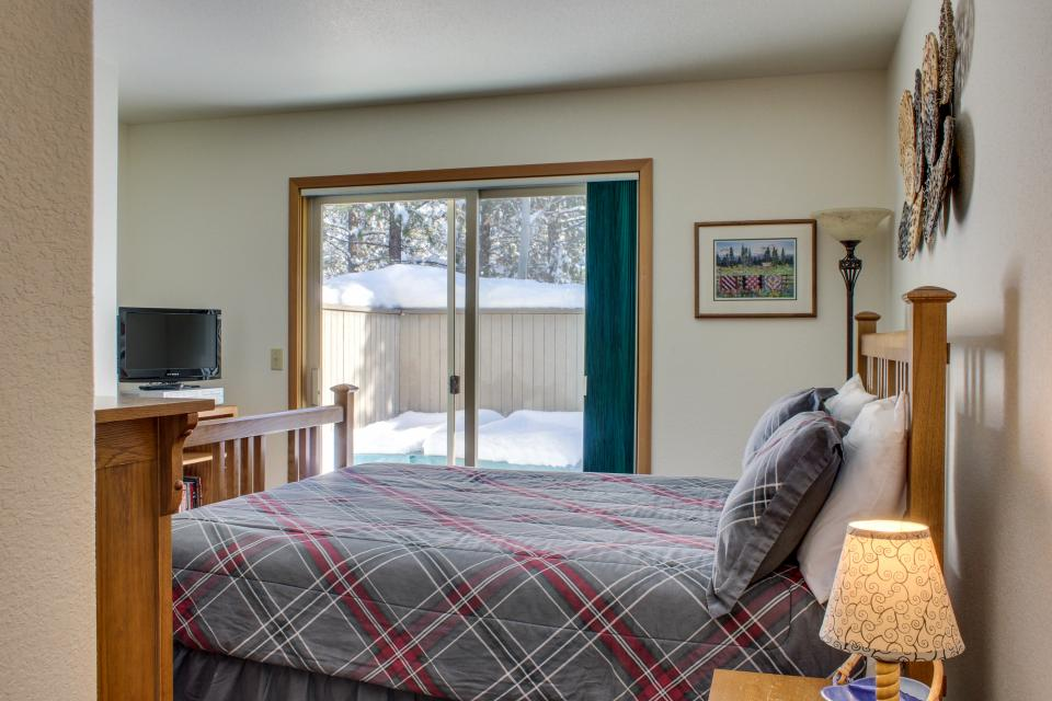 39 Poplar - Sunriver Vacation Rental - Photo 16