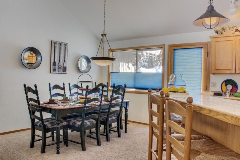 39 Poplar - Sunriver Vacation Rental - Photo 28