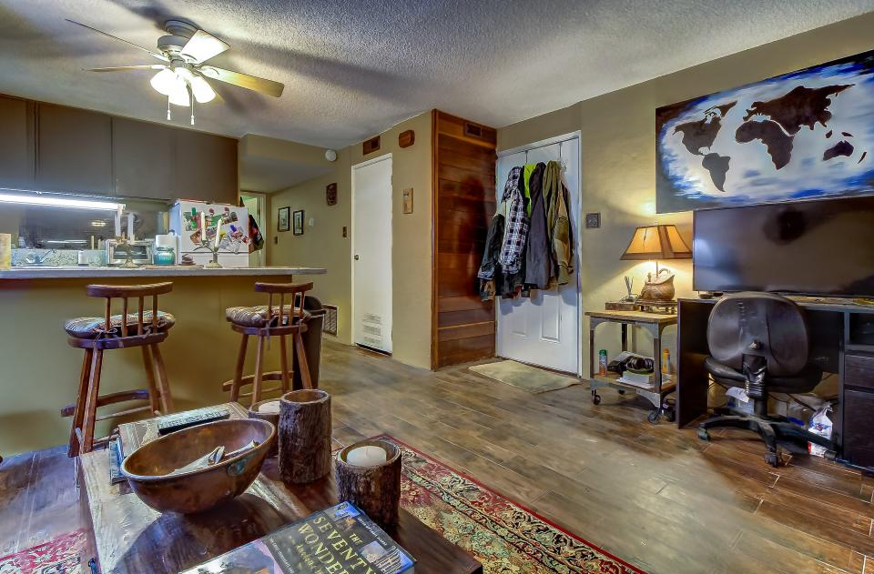 Snow Country Hideaway - Park City Vacation Rental - Photo 4