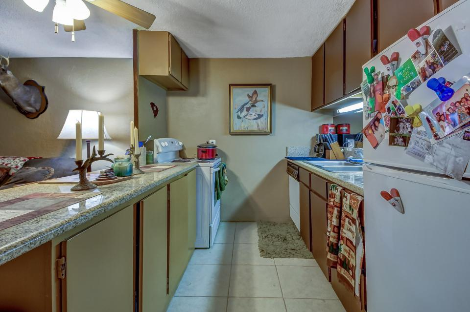 Snow Country Hideaway - Park City Vacation Rental - Photo 9