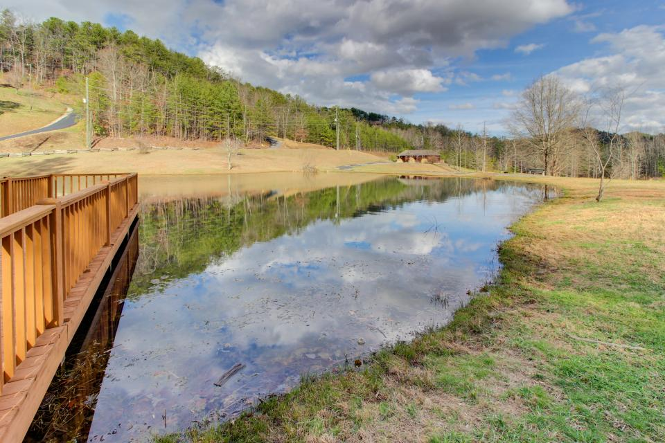 Red Wolf Lodge - Sevierville Vacation Rental - Photo 19