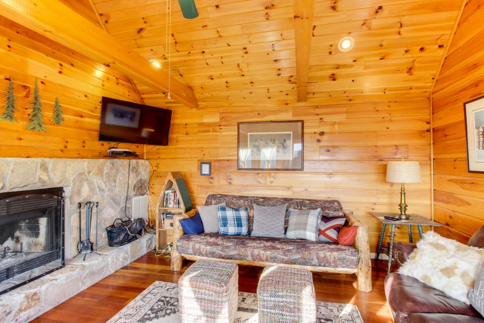 Red Wolf Lodge - Sevierville Vacation Rental - Photo 33