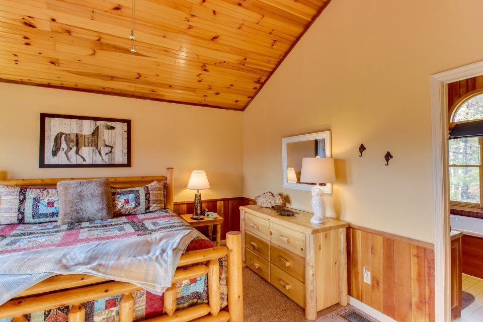 Red Wolf Lodge - Sevierville Vacation Rental - Photo 23
