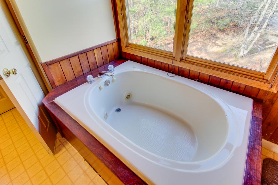 Red Wolf Lodge - Sevierville Vacation Rental - Photo 24