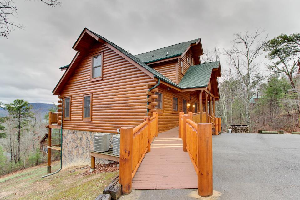 Mountain Escape  - Sevierville Vacation Rental - Photo 45