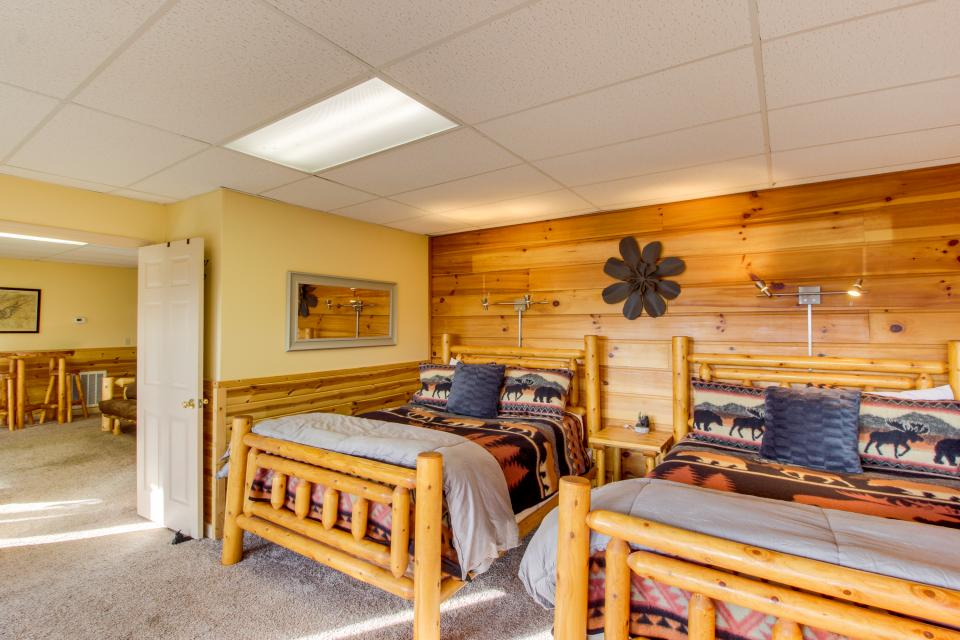 Red Wolf Lodge - Sevierville Vacation Rental - Photo 21