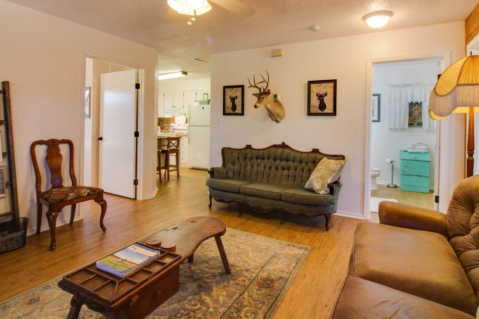... The Cottage At Whitetail Ridge Retreat   Dripping Springs Vacation  Rental   Photo 6 ...
