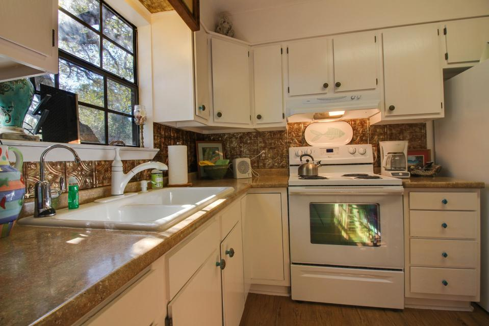... The Cottage At Whitetail Ridge Retreat   Dripping Springs Vacation  Rental   Photo 20 ...