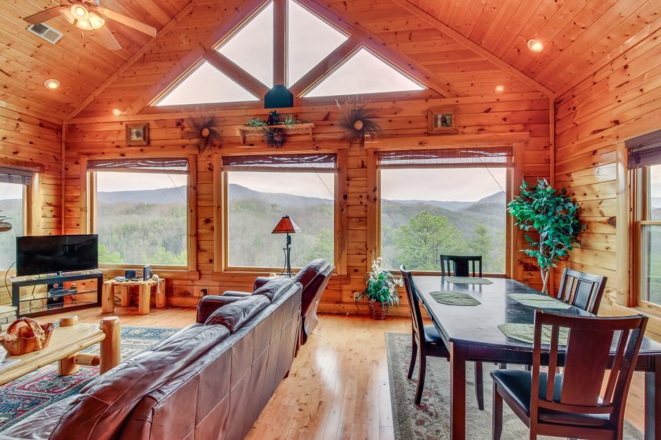 Martin's Retreat - Sevierville Vacation Rental - Photo 6