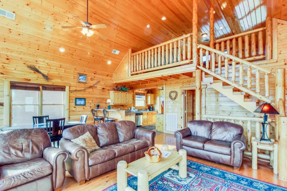 Martin's Retreat - Sevierville Vacation Rental - Photo 2