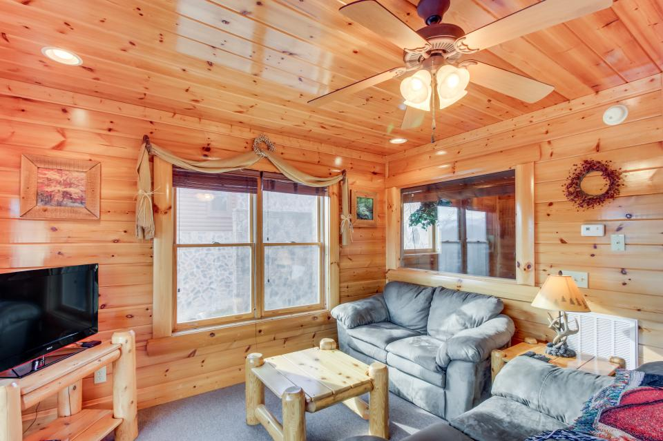 Martin's Retreat - Sevierville Vacation Rental - Photo 27