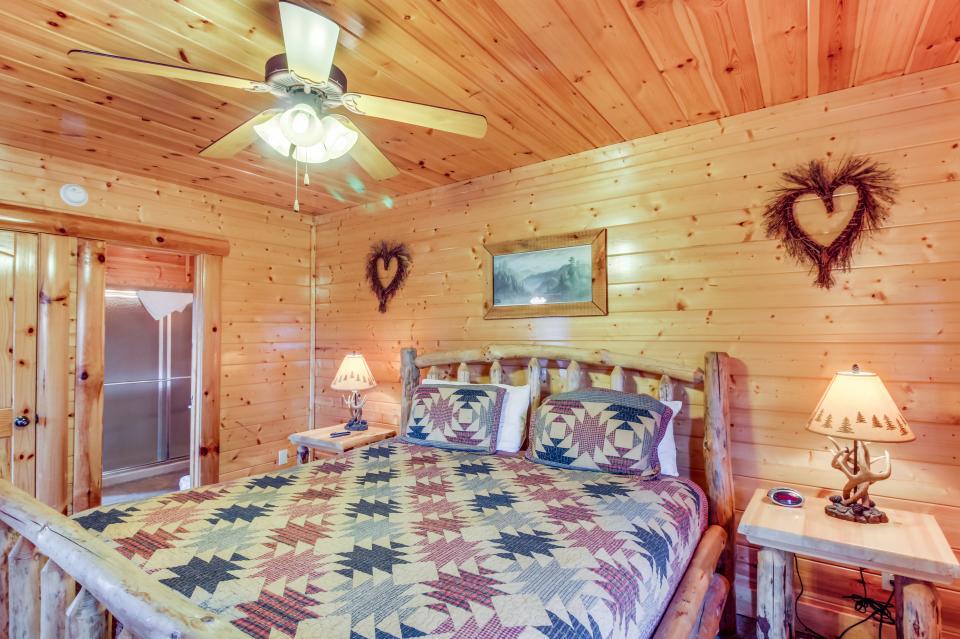 Martin's Retreat - Sevierville Vacation Rental - Photo 12