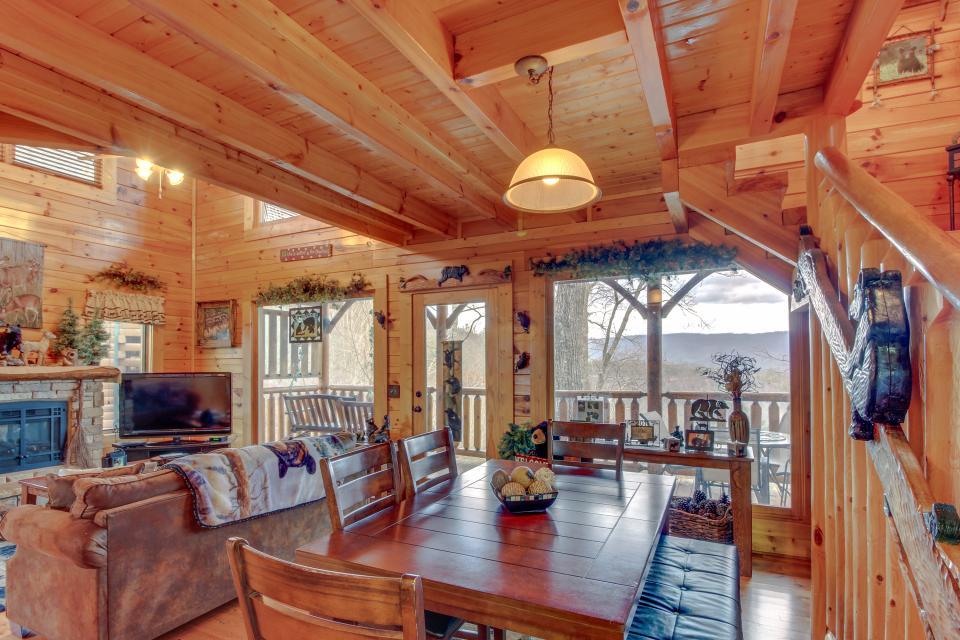 BearSlide Inn - Sevierville Vacation Rental - Photo 4