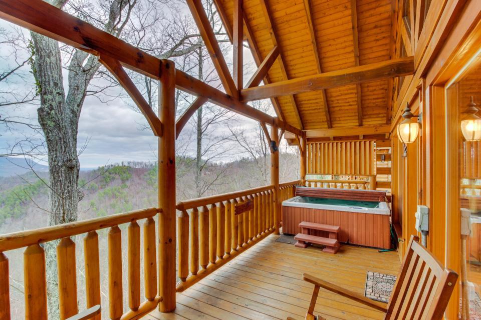 BearSlide Inn - Sevierville - Take a Virtual Tour