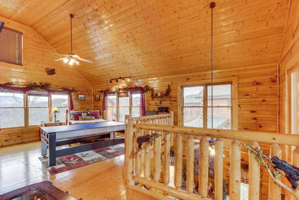 BearSlide Inn - Sevierville Vacation Rental - Photo 29