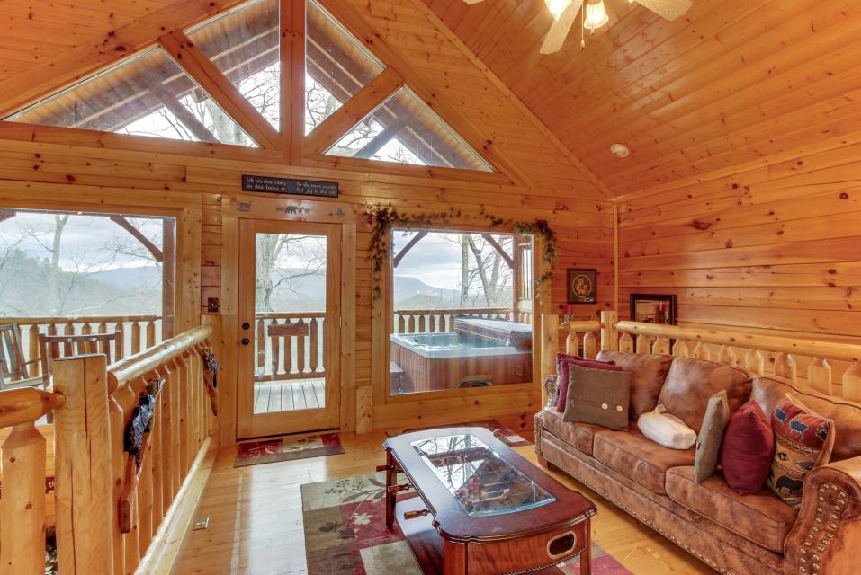 BearSlide Inn - Sevierville Vacation Rental - Photo 19
