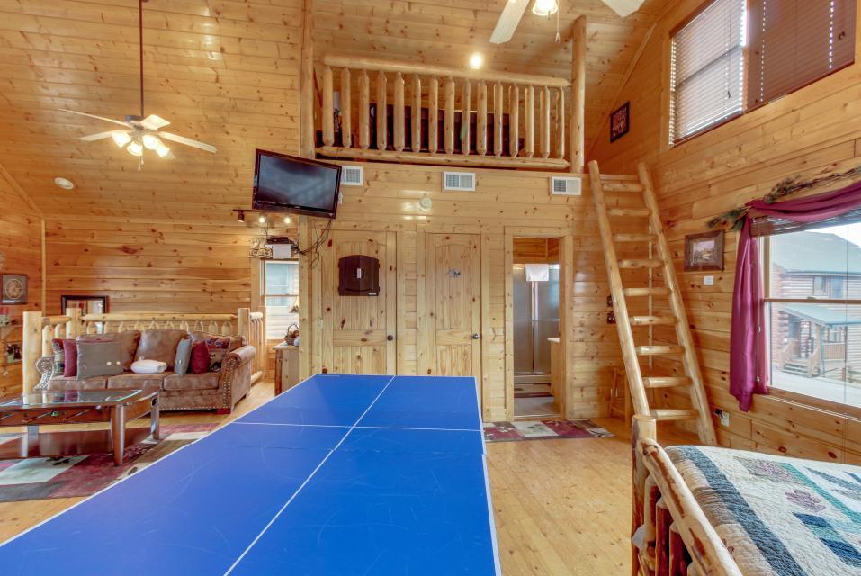 BearSlide Inn - Sevierville Vacation Rental - Photo 22