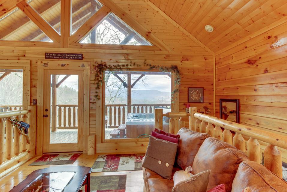 BearSlide Inn - Sevierville Vacation Rental - Photo 27