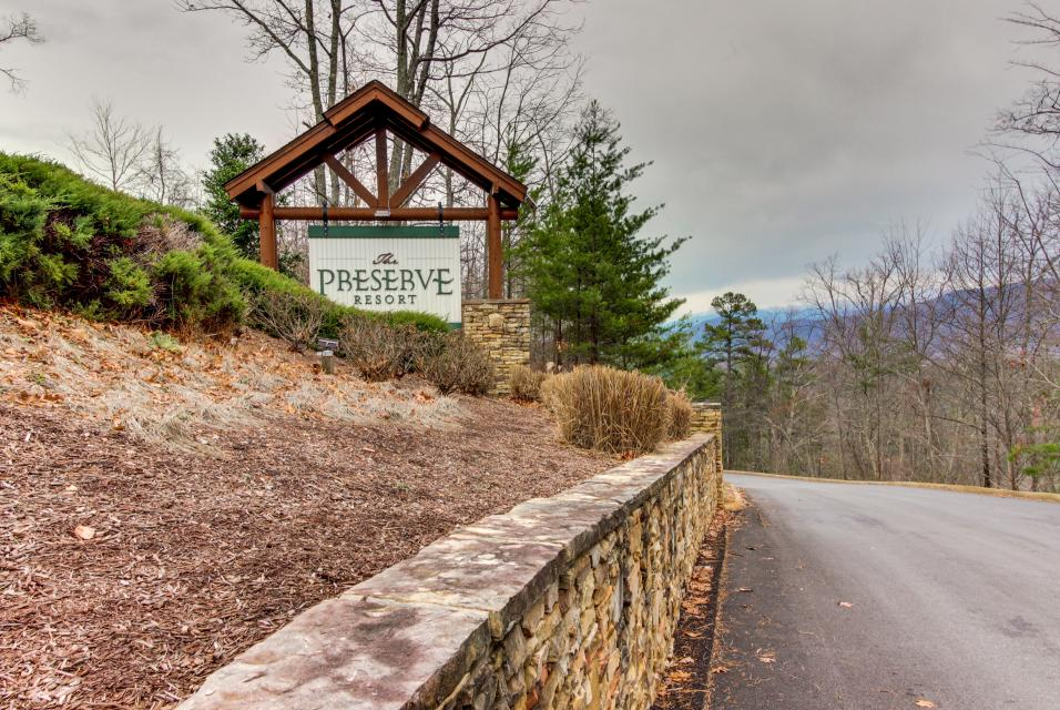 BearSlide Inn - Sevierville Vacation Rental - Photo 33