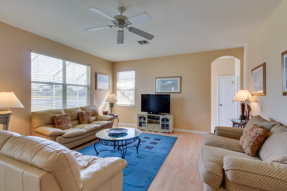The Sandpiper | 4 BD Vacation Rental in Fort Myers, FL | Vacasa