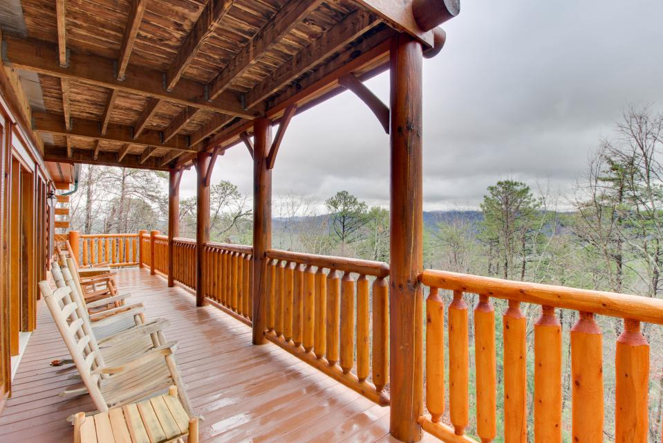 Million Dollar View  - Sevierville Vacation Rental - Photo 26