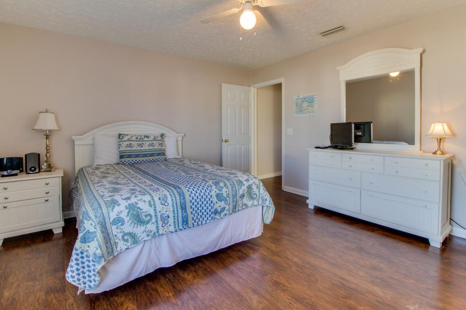 Palm Cove Hideaway - Panama City Beach Vacation Rental - Photo 14