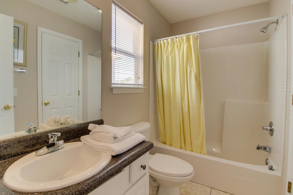 Palm Cove Hideaway - Panama City Beach Vacation Rental - Photo 12