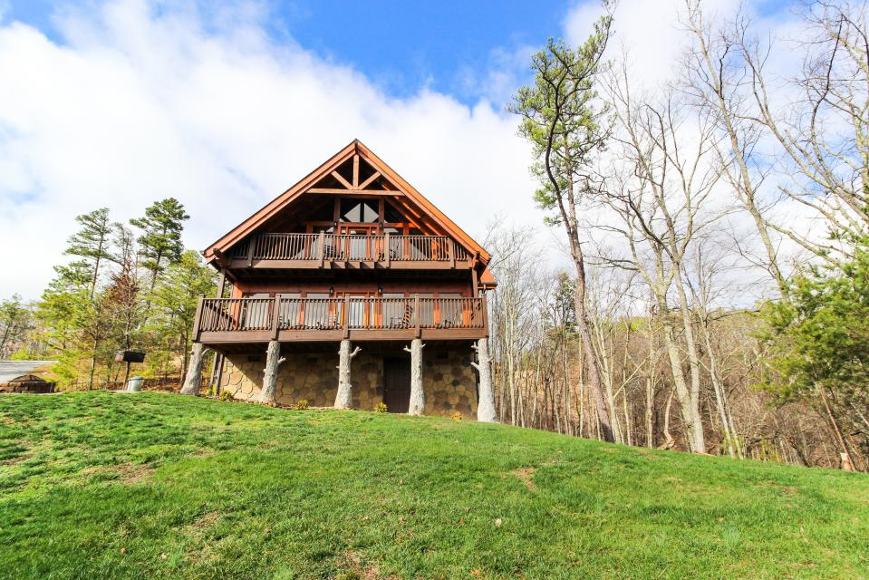 The Laughing Salamander  - Sevierville Vacation Rental - Photo 22