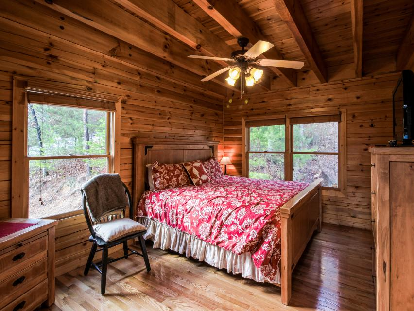 The Laughing Salamander  - Sevierville Vacation Rental - Photo 34
