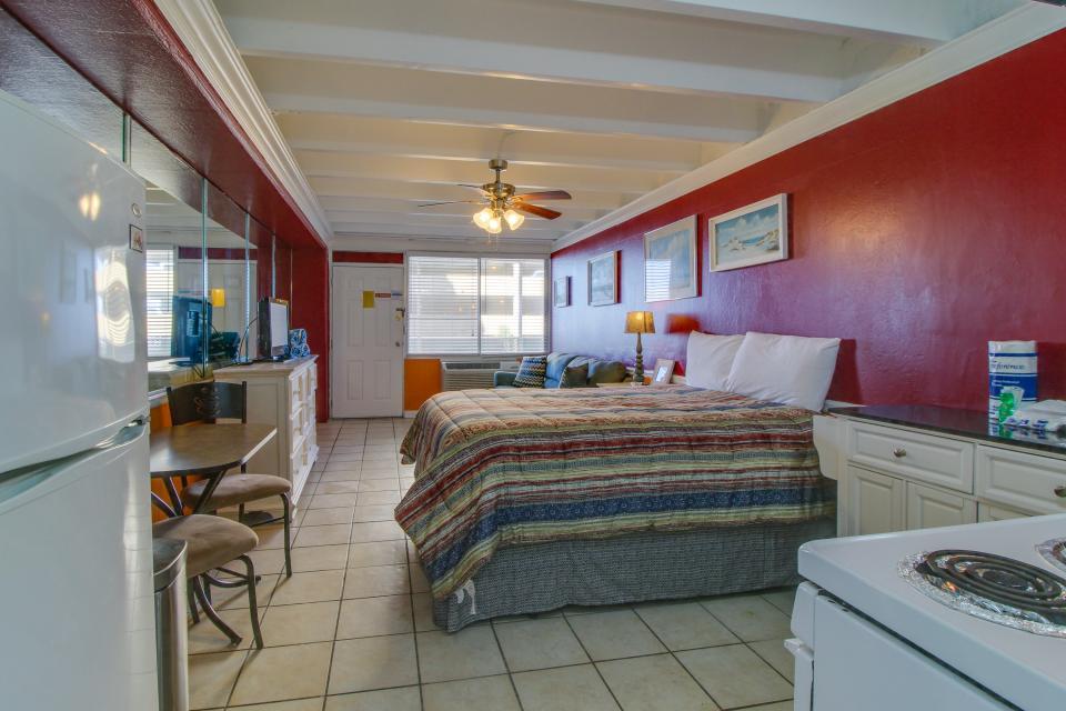 Fontainebleau 205 - Panama City Beach Vacation Rental - Photo 13