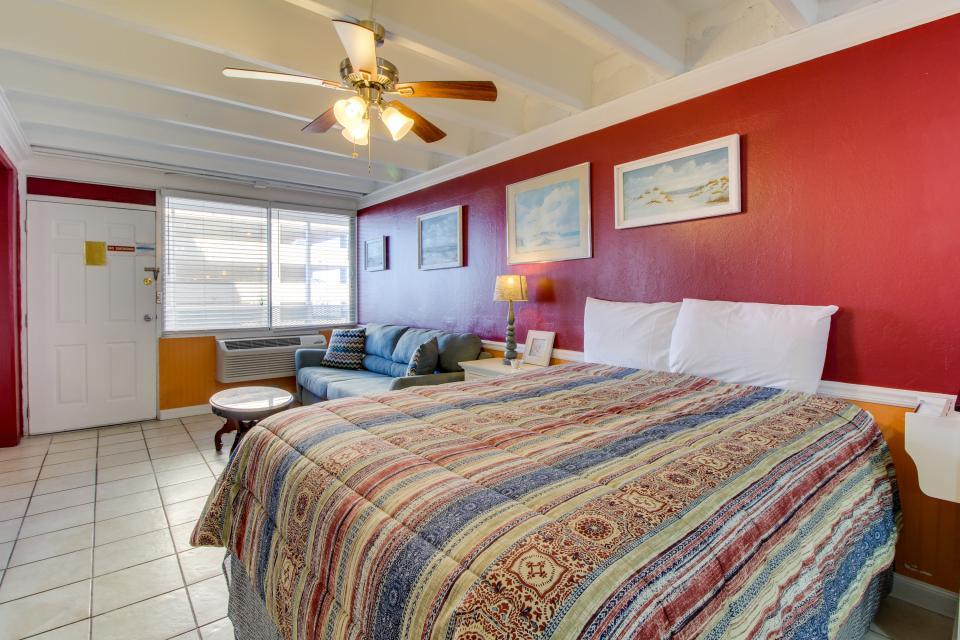 Fontainebleau 205 - Panama City Beach Vacation Rental - Photo 11