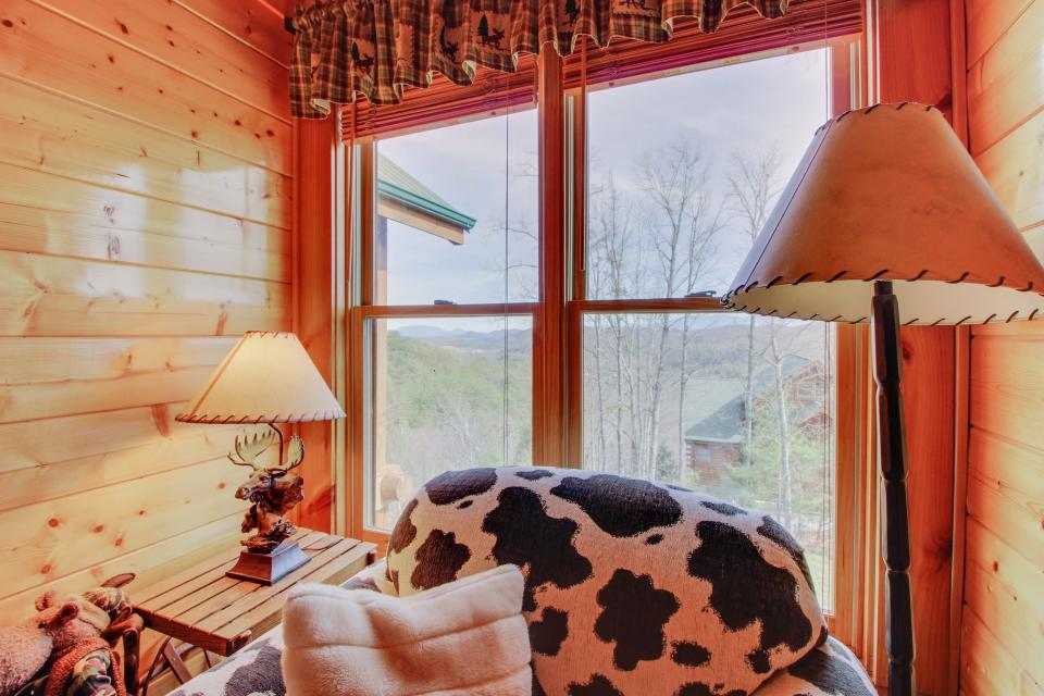 A View to a Dream  - Sevierville Vacation Rental - Photo 21