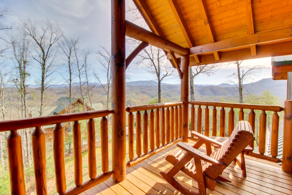 A View to a Dream  - Sevierville Vacation Rental - Photo 37