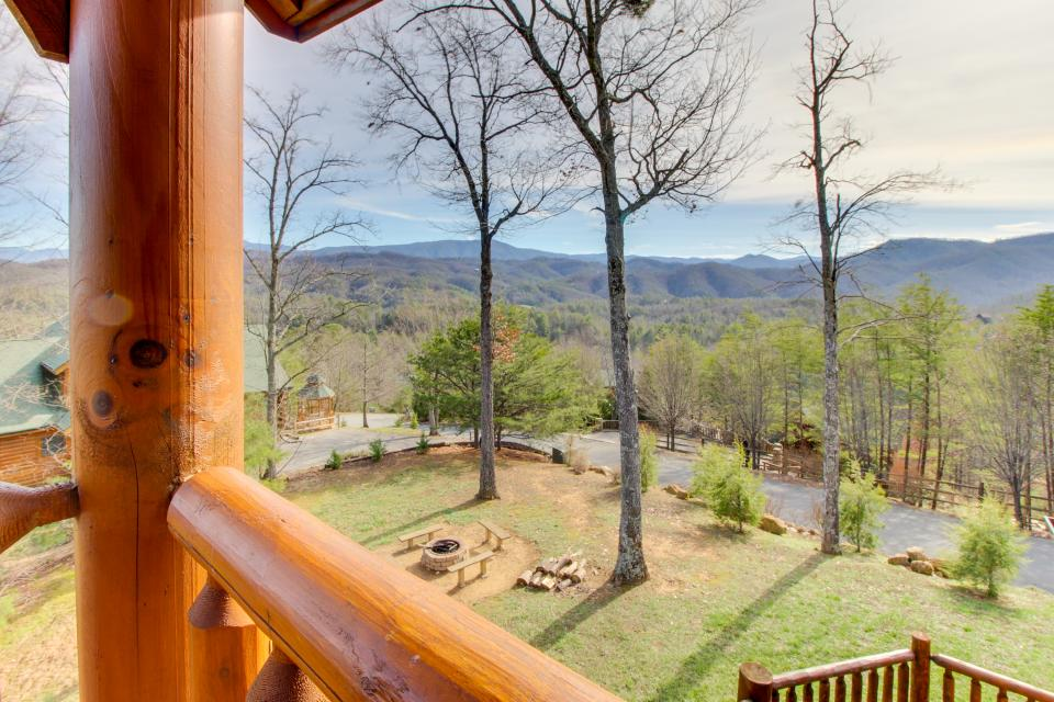 A View to a Dream  - Sevierville Vacation Rental - Photo 38