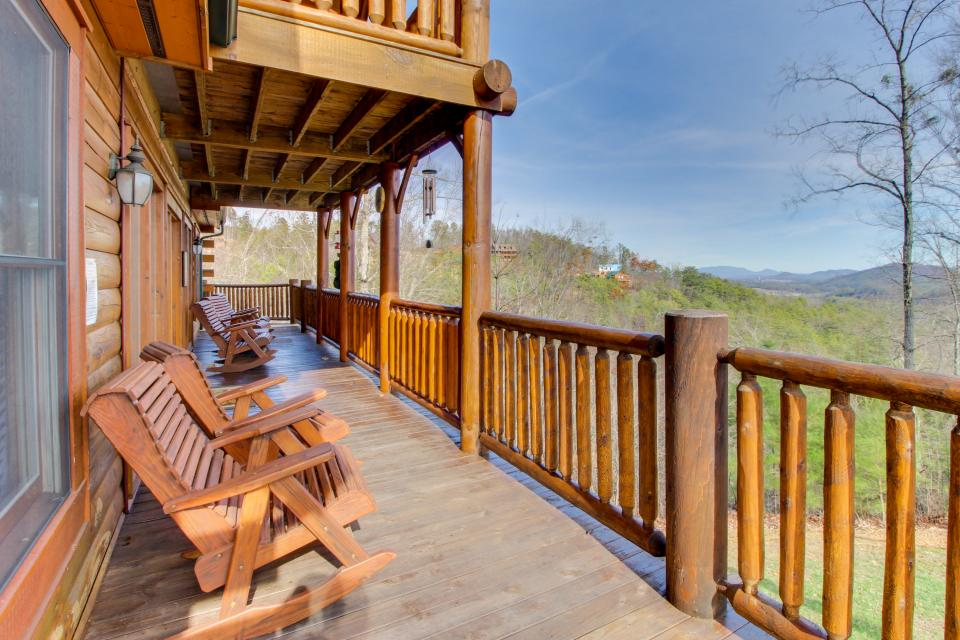 A View to a Dream  - Sevierville Vacation Rental - Photo 39